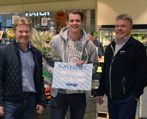 F.v. Trond Inge Rødland (styreleder Coop Klepp), Martin Bøe, John Thysse (adm. dir Coop Klepp)